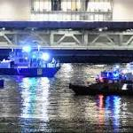5 dead after helicopter on photo shoot crashes in New York City's East River