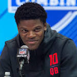 Lamar Jackson Has Already Proven He Should Be Drafted as a Quarterback