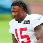 Seahawks to sign WR Brandon Marshall to 1-year deal