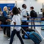 Delta Briefly Halts US Departures Because of Tech Problem
